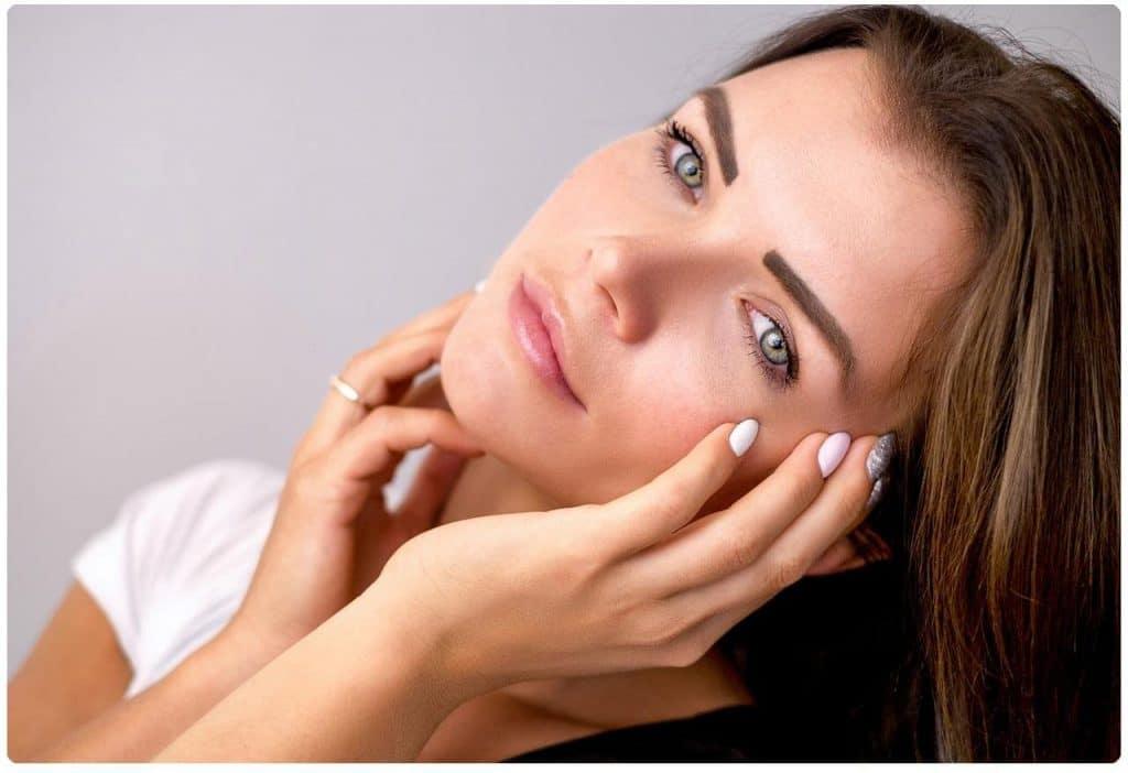 maquillaje natural de dia para morenas